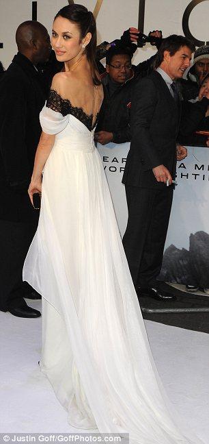 Olga Kurylenko And Tom Cruise At Oblivion Premiere In